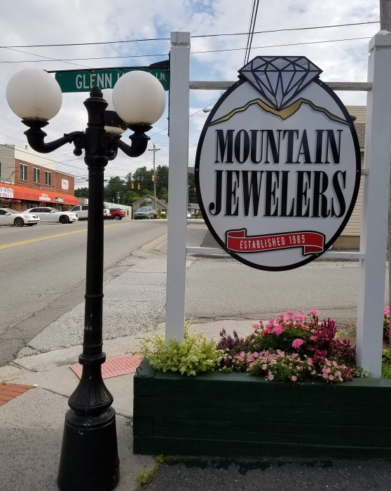 Mountain Jewelers in Newland, North Carolina View of Sign in Front